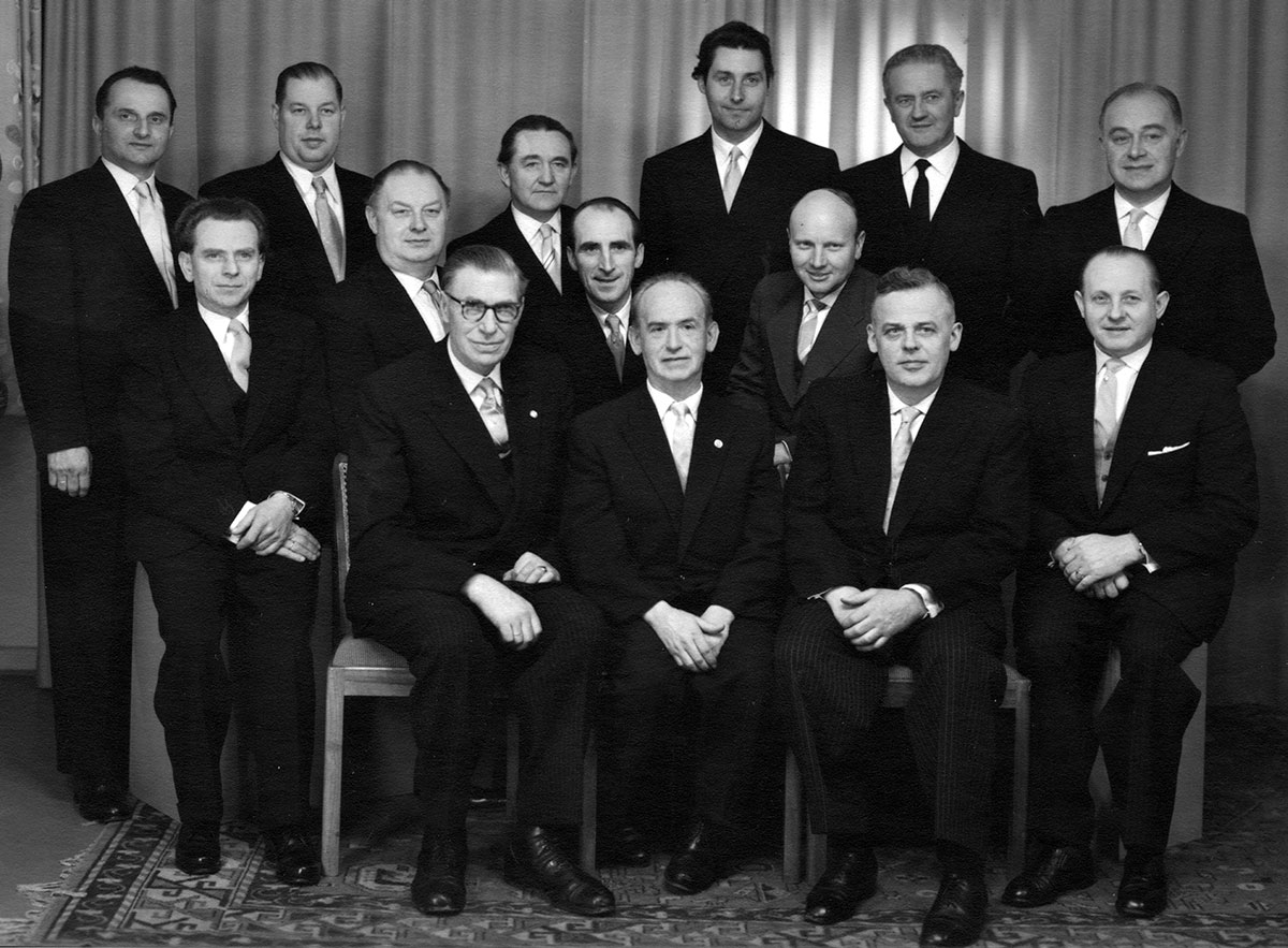 1958-vorstand-malerinnung